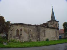 Zřícenina kostela sv.Barbory z12. století.